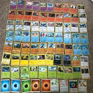 Lot of 80 Pokémon cards